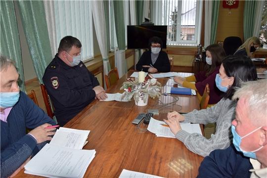Очередное заседание оперативного штаба по вопросу предупреждения распространения новой коронавирусной инфекции на территории Алатырского района