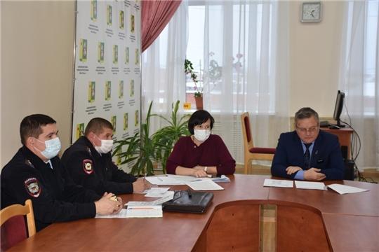 Состоялось заседание комиссии по профилактике правонарушений в Аликовском районе.