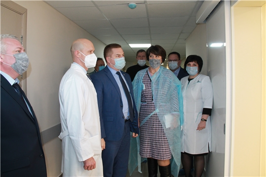 В операционном блоке кардиодиспансера завершены работы по установке комплекса «чистые помещения»