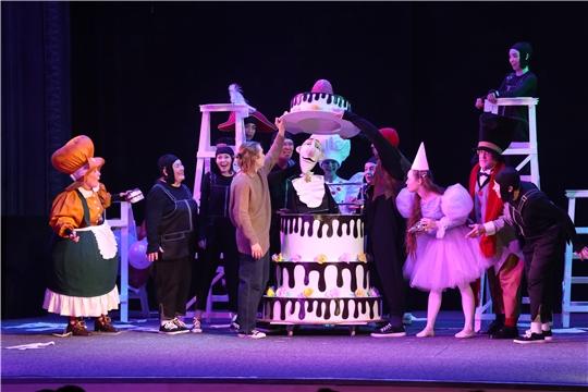 В Чувашском театре кукол с успехом прошла премьера спектакля «Три Толстяка»