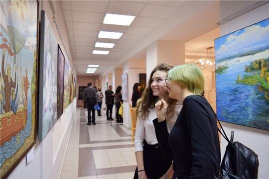 В Национальной библиотеке открылась выставка к 100-летию Татарстана
