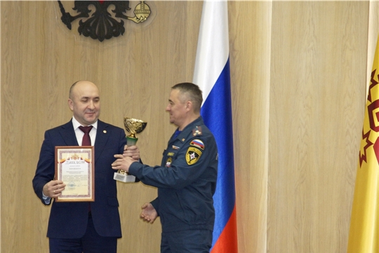 Минсельхоз Чувашии удостоен Кубка и диплома первой степени за успехи в совершенствовании системы гражданской обороны