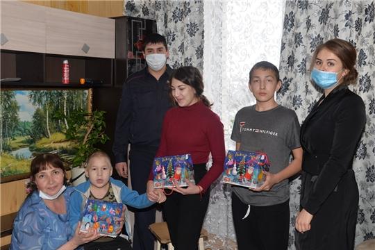 Сладкие подарки детям, находящимся в трудной жизненной ситуации