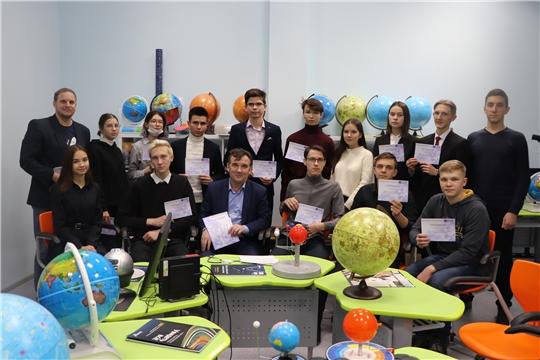 В центре одаренных детей и молодежи «Эткер» завершилась интенсивная программа «Космические технологии»