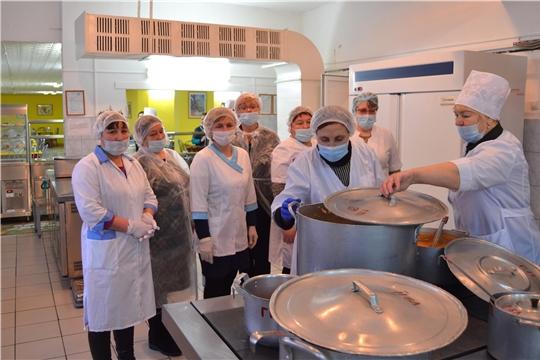 Семинар-стажировка для поваров и администраторов в СОШ №61 г. Чебоксары