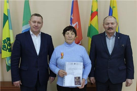 Состоялось торжественное награждение ветерана агропромышленного комплекса члена союза ветеранов АПК