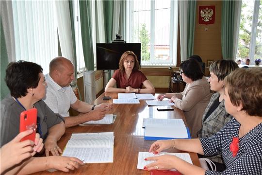 Алатырский район и г. Алатырь посетила министр труда и социальной защиты Чувашии Алена Елизарова