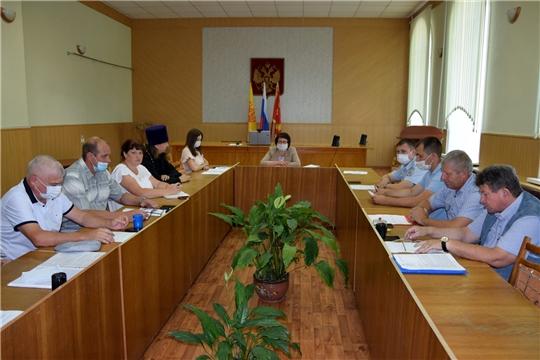 В администрации Алатырского района состоялось заседание Совета по межнациональным и межконфессиональным отношениям