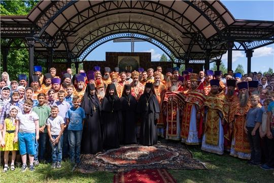 Божественная литургия в день памяти Новомучеников и исповедников Российских на земле Чувашской просиявших