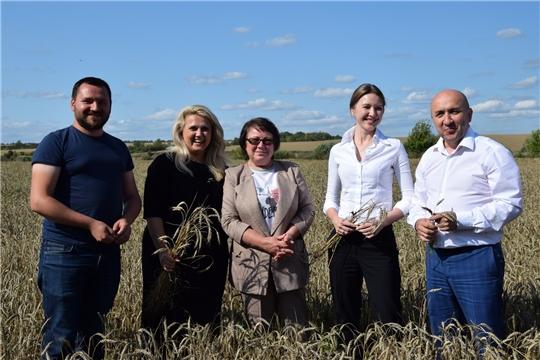 Алатырский район с рабочим визитом посетили министры Алла Салаева и Сергей Артамонов