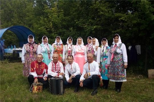 Жители деревни Малые Туваны отметили праздник «Хураçтÿ»