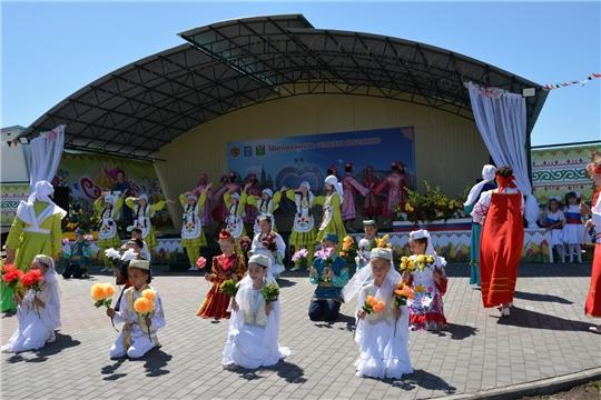 В населенных пунктах Батыревского района празднуют День деревни