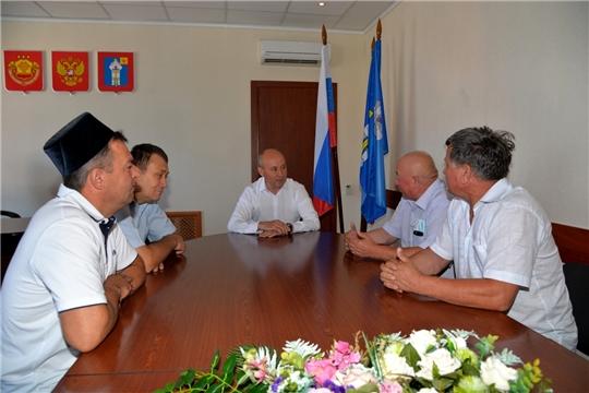 Р.Селиванов встретился с членами ОО «Ульяновская областная татарская национально-культурная автономия»
