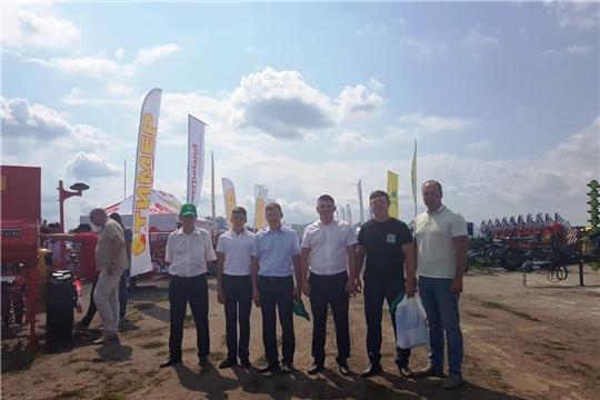 Делегация района участвовала на межрегиональной выставке-демонстрации «День Поля – 2021»