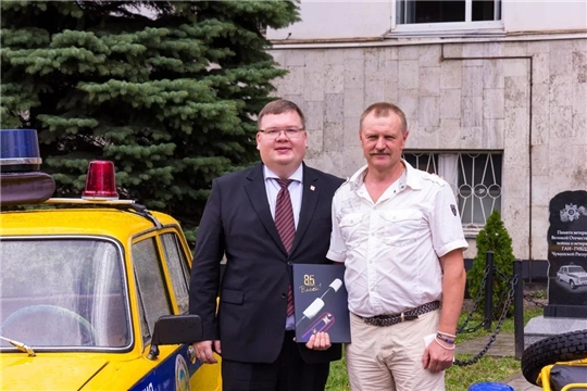 Олег Кортунов поздравил с 85-летием ГИБДД