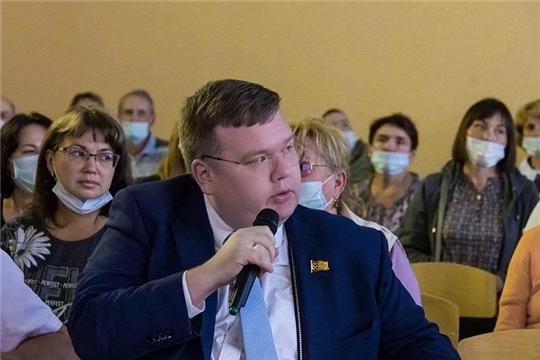 Глава города Чебоксары принял участие в общественном обсуждении проекта развития Обиковского леса