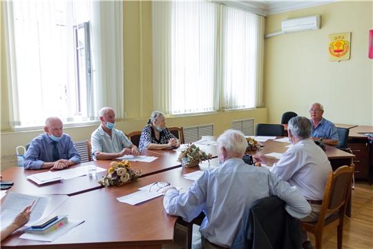 """Члены Совета старейшин предложили установить памятную стелу  """"Чебоксары - город трудовой доблести"""" в Парке Победы"""