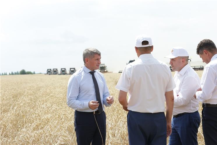 Аграриям Чувашии будет дополнительно выделено 250 миллионов рублей на технику