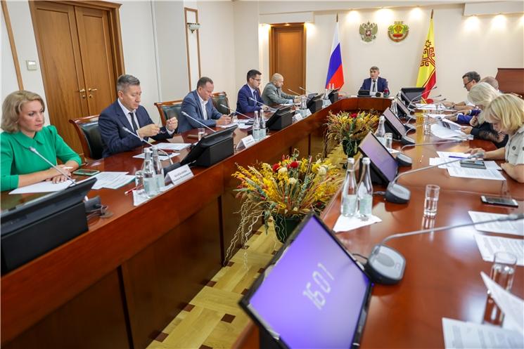 В Доме правительства обсудили ход строительства объектов в рамках национальных проектов