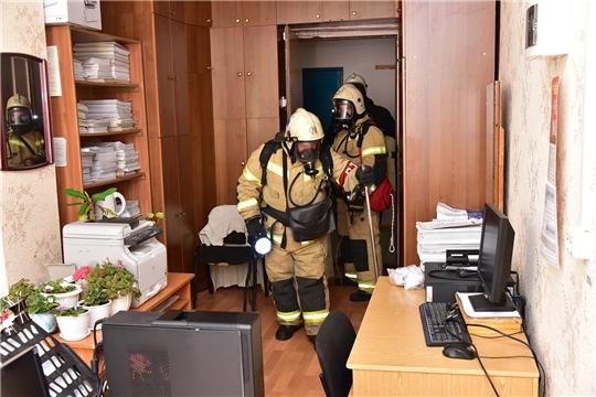 Пожарно-тактическая тренировка в администрации Ибресинского района