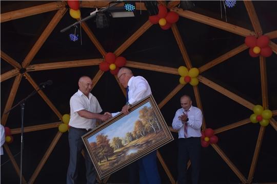 Глава администрации района Александр Кузнецов посетил традиционный праздник «Акатуй» в Чебоксарском районе