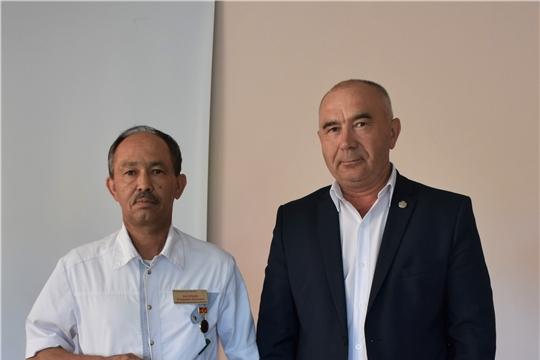 Глава администрации района Александр Кузнецов поздравил медицинских работников с профессиональным праздником