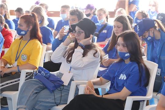 Министр здравоохранения Чувашии Владимир Степанов встретился с активной молодежью на «МолГород-2021»