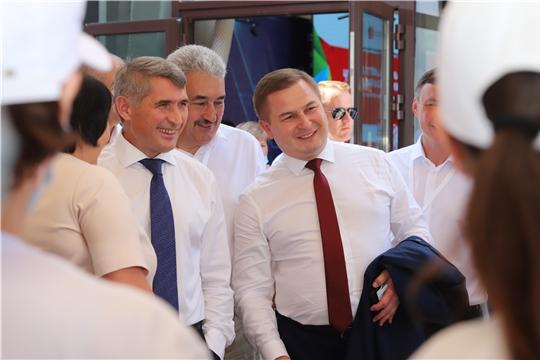 Министр здравоохранения региона Владимир Степанов принял участие в работе стратегической сессии «Путевка в жизнь для каждого ребенка. Лучшие практики и перспективы в Чувашии»