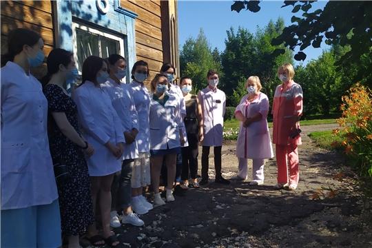 На базе Яльчикской ЦРБ проходят практику студенты-целевики