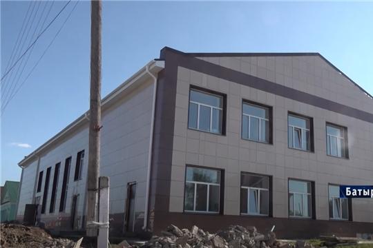В Новочебоксарске ремонтируют музыкальную и художественную школы