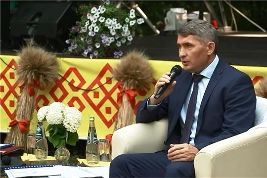 Аграриям Чувашии выделят 250 млн рублей на технику