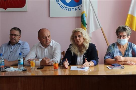С жителями Порецкого района обсудили вопросы комплексного развития сельских территорий