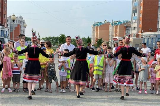 В столице Чувашии главный республиканский праздник проведен и по месту жительства