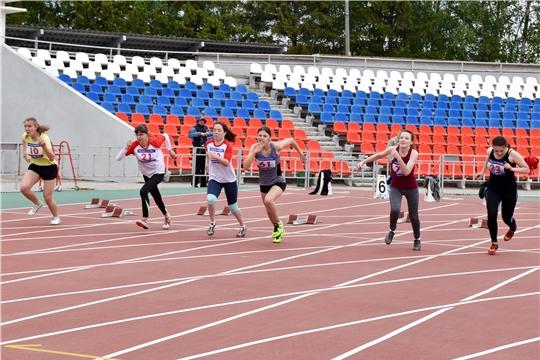 Столица Чувашии принимает чемпионаты России по легкой атлетике среди лиц с ПОДА и слепых