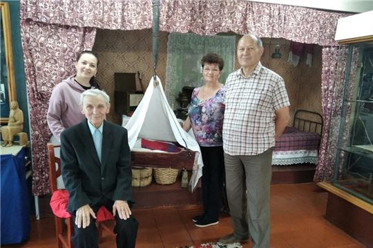 Потомки зажиточного крестьянина Беляева побывали в Яльчикском историко-краеведческом народном музее