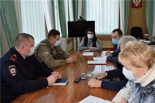В администрации Алатырского района состоялось заседание комиссии по предупреждению и ликвидации чрезвычайных ситуаций и обеспечению пожарной безопасности Алатырского района