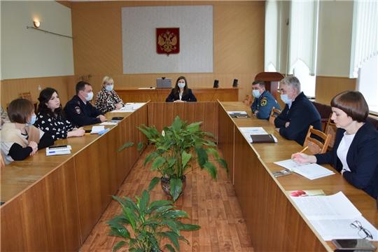 Состоялось заседание комиссии по делам несовершеннолетних и защите их прав администрации Алатырского района
