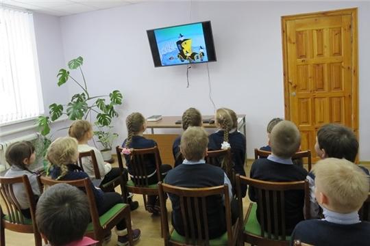 Литературный урок «Сказки братьев Гримм» в Кирской библиотеке