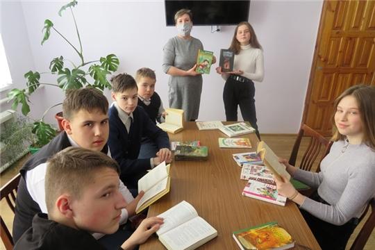 Громкие чтения «Чтение-лучшее времяпровождение» в Кирской библиотеке