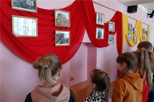 Патриотический час «Минувших лет святая память» проведен в Октябрьском сельском Доме культуры