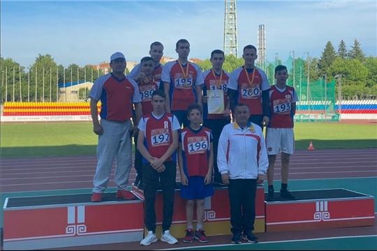 Спортсмены легкоатлеты из Алатырского района стали призерами чемпионата и первенства Чувашской Республики по легкой атлетике
