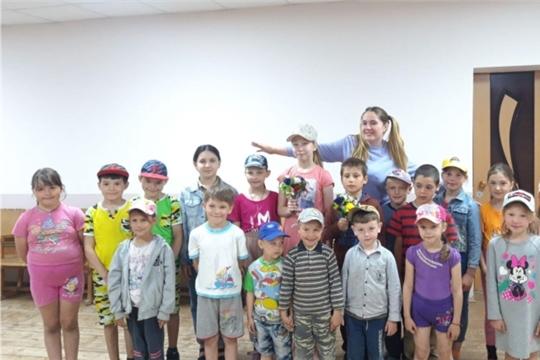 Праздничная игровая программа «Даша – путешественница и ребята» прошла в Сойгинском СДК
