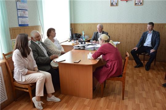 В Алатырском районе состоялось общественное обсуждение по вопросу перевода времени на час вперед
