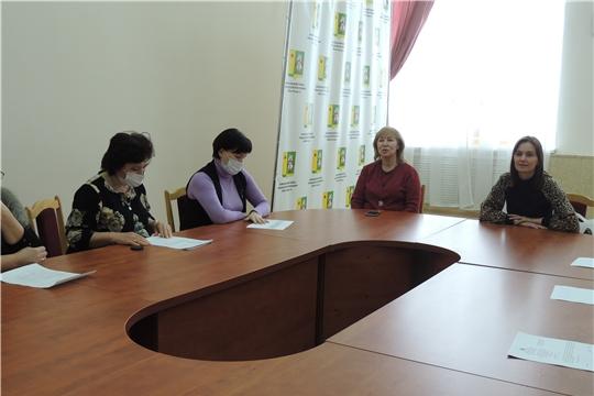 Специалисты Центра сопровождения семей встретились с приемными  родителями