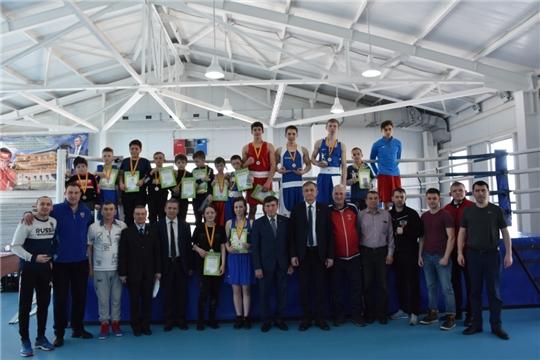 В Аликовском районе завершился XXIII республиканский традиционный турнир по боксу на призы главы администрации Аликовского района