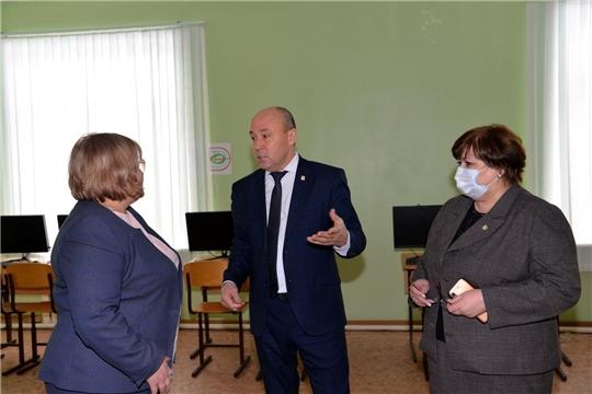 Обсуждены задачи по реконструкции старого здания школы искусств