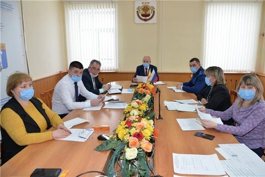 Р.Селиванов провел очередное заседание межведомственной комиссии по вопросам повышения доходов консолидированногобюджета района, своевременности и полноты выплаты заработной платы