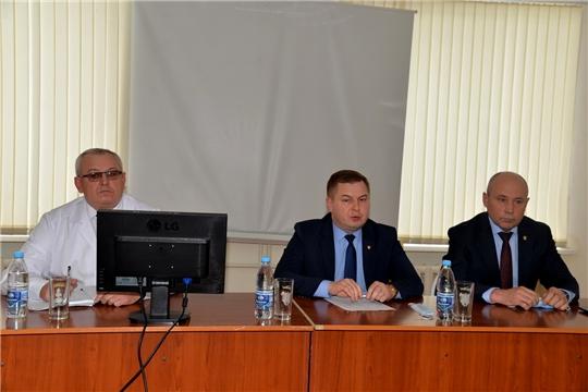 Р.Селиванов принял участие на итоговом совещании медицинских работников
