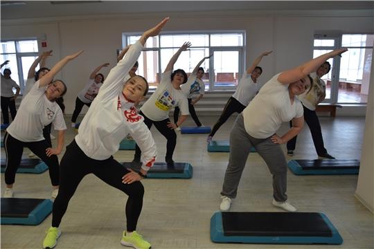 Женщины-активистки Батыревского района на фитнес-тренировке