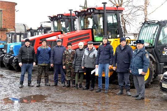 В Батыревском районе начался осмотр готовности хозяйств к весенне- полевым работам